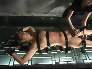 A lezdom BDSM session that almost makes the slavegirl faint