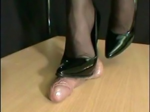 Mistress Arletta Crushed In Black Stilettos
