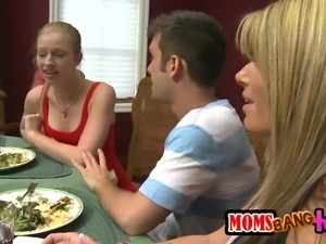 dinner with hot girlfriend and her horny mom