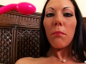 brunette milf knows how to use sex toys