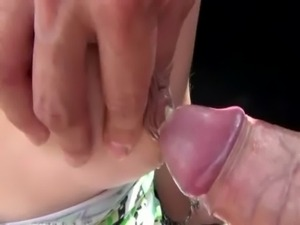 Nasty pregnant bj whore sucks dick free