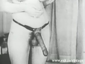 Lesbian Vintage 1931 with 2 bored Housewives free