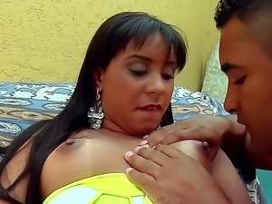 Marianna lets hot stud Loupan to deep lick her shaved pussy before pleasing...
