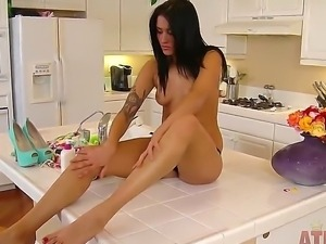 Giselle Mari takes off her dress and beautiful blue shoes and rocks manually...