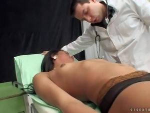 Gorgeous dark haired shemale in stockings pretends to be fainted