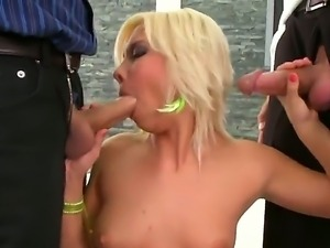 Blonde with tight pussy Lisa enjoys amazingly hot threesome fuck session
