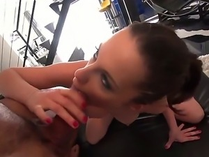 Karlo Karrera willingly lets Lexington Steele to make her pussy stuffed with...