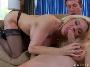 Arousing cock addicted busty blonde cougar Diamond Foxxx with delicious
