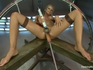 Insatiable Nicole Graves with long legs and big boobs gets