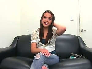 Teen hottie in sexy jeans came to a producer of a porn studio for a casting