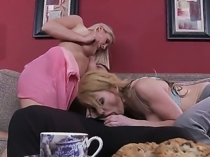 Rocco Reed remains with her mothers bust friends Devon Lee and Taylor Wane in...