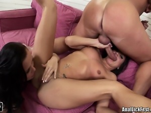 Two brunette chick taking turns in sucking a hard dick and licking one...