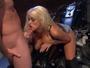 Stormy Daniels is a beautiful big titted blond MILF with
