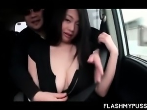 Japanese temptress flashing her hot boobies in taxi