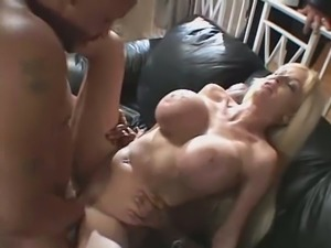 Dp cuckold for horny blonde milf