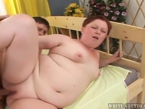 fat and ugly whore wants spunk @ big fat cream pie #08