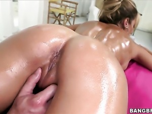 Capri Cavalli with bubbly ass wants this cumshot sex session to last forever