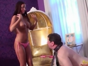 40 Year Old Virgin Gets Heckled By A Hot Goddess
