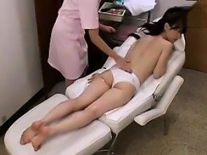 Asian Girl Gets A Massage And Fingering