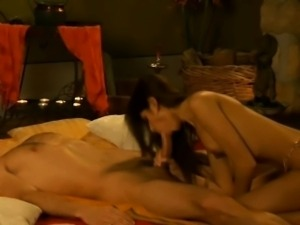 Bollywood Blowjob Babe Amazes