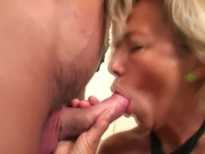 Girlfriend caught her mom fucking her boyfriend