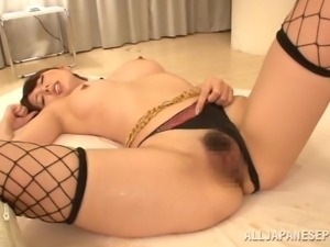 yui lets him lick and finger her hairy twat