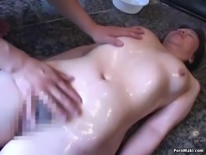 Asian granny gets her hairy pussy dildoed