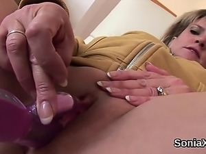 Unfaithful british mature lady sonia presents her heavy tits