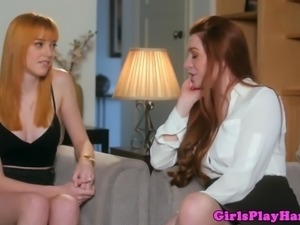 Ginger lezzies feasting on vaginas