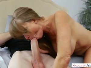 Big boobed horny MILF Darla Crane blows massive dick of 4 eyed guy and then...