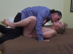 Alma uses every part of her sexy body to make her man cum hard and have a...