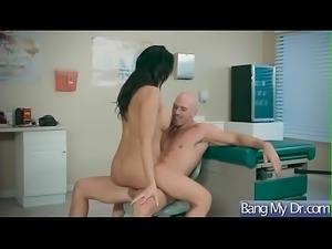 Slut patient (Reagan Foxx) And Doctor In Hardcore Sex Adventures vid-24