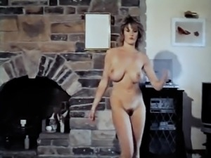 WHAT I WANT - vintage bouncing big boobs strip dance