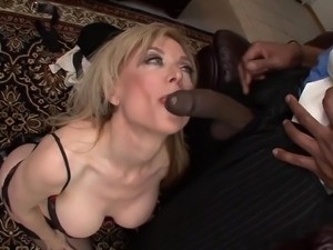 A little Mature Woman do Anal with a BBC. NH