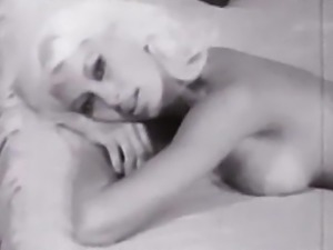 JE T'AIME - vintage 60's perfect body blonde tease